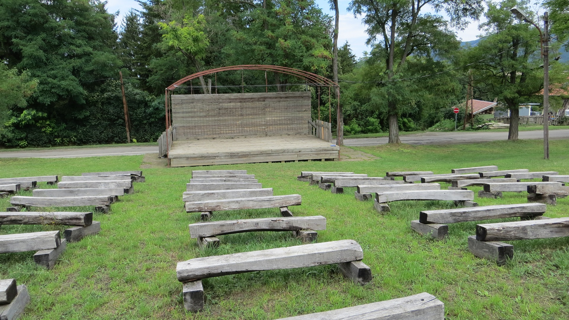 Five Strategies for Outdoor Theatre Production Success